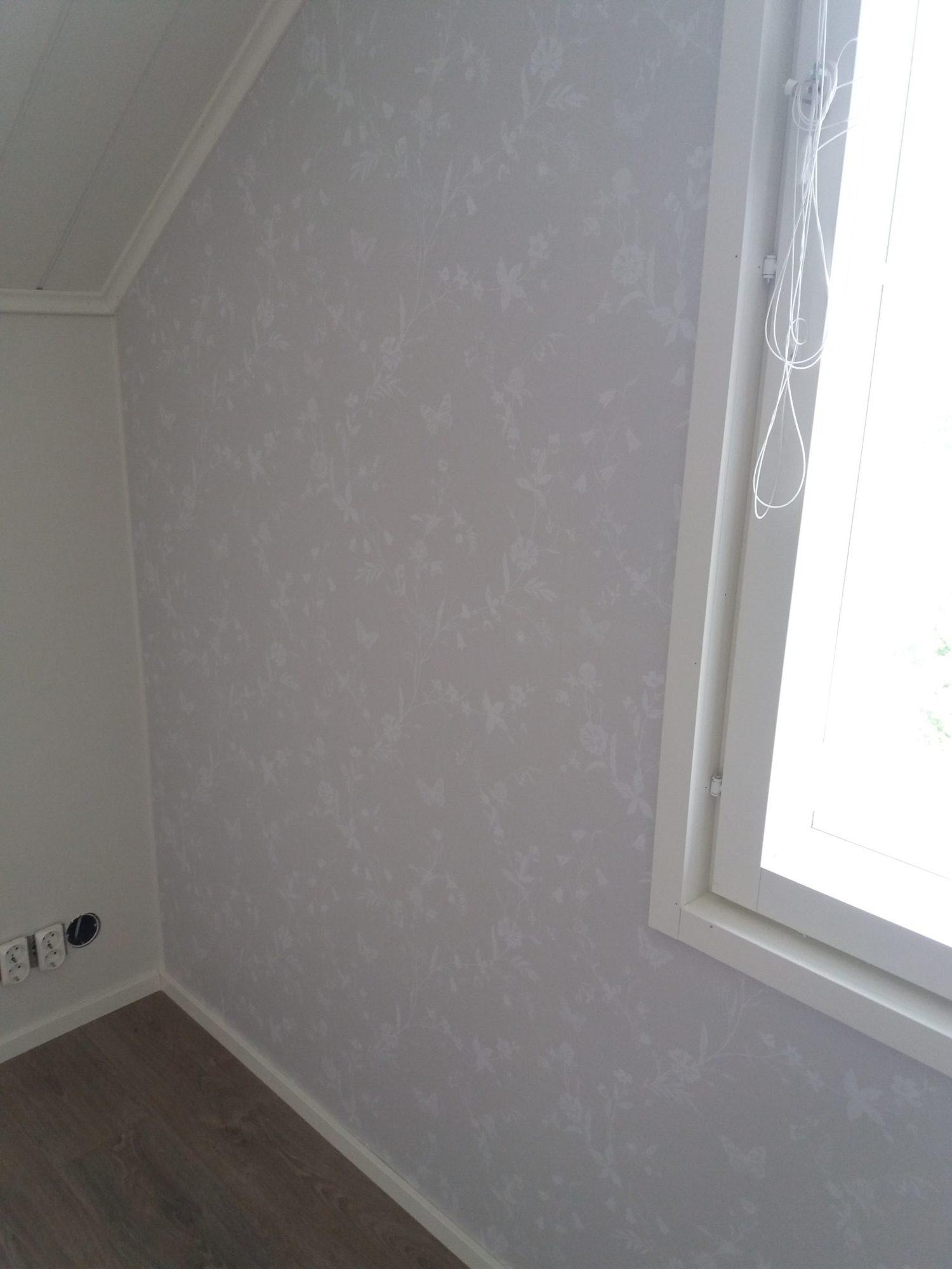 OKT pintamateriaalien suunnittelu / tapetointi / maalaus